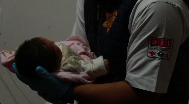 Apoyan policías de la SSPMQ en labor de parto en Colinas de Menchaca
